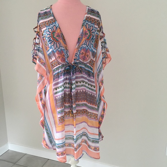 Jessica Simpson Other - Jessica Simpson Boho Beach Coverup w/ gold tassels